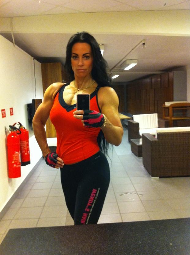 adriana kuhl, fitness, bodyfitness, träning, sats, sats odenplan