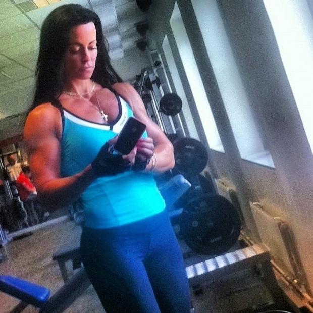 adriana kuhl, sats,fitness,bodyfitness,sats odenplan, sats täby, muscles
