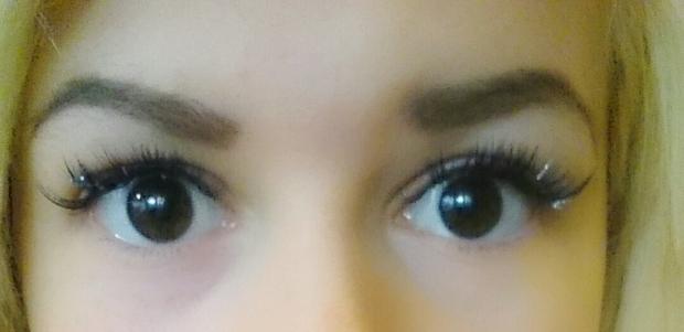 linser ögon färgade